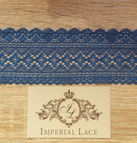 Blue lace trim. Photo 2