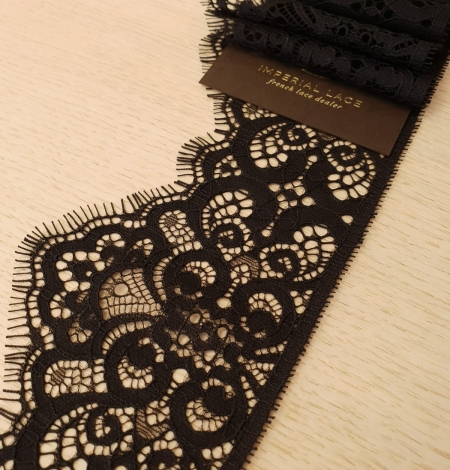 Black guipure lace trimming. Photo 1