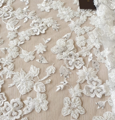 Offwhite 3D beaded lace fabric. Photo 2