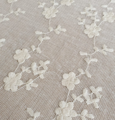 Ecru embroidery lace fabric. Photo 2