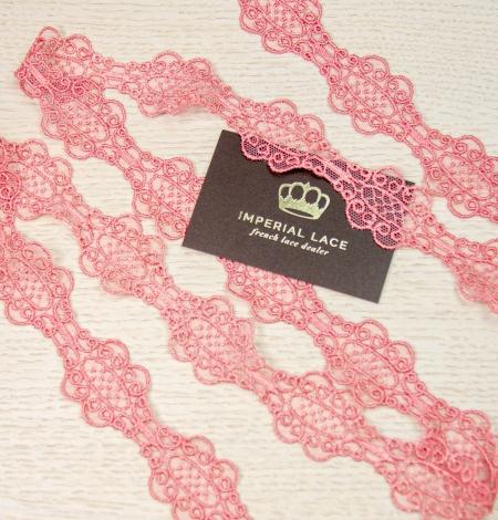 Coral pink macrame lace trim. Photo 7