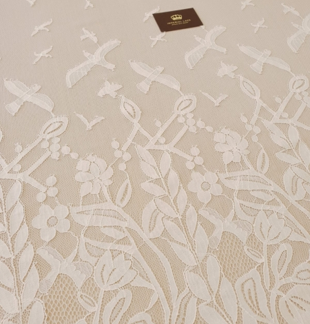 Ivory 100% polyester floral and bird pattern chantilly lace fabric. Photo 6