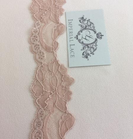 Nude lace trim. Photo 2