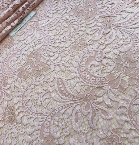 Powder lace fabric. Photo 2