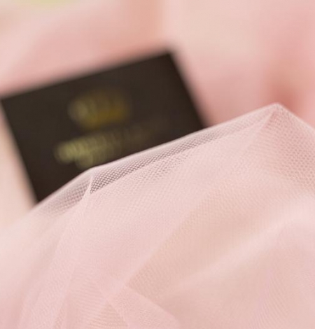 Old rose pinkish soft tulle fabric. Photo 3