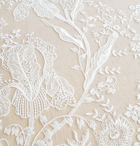 Imperial Lace floral organic embroidery on tulle fabric. Photo 6