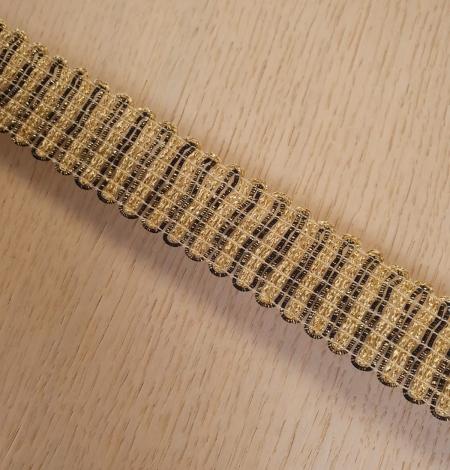 Gold and black elastic ribbon application. Photo 7