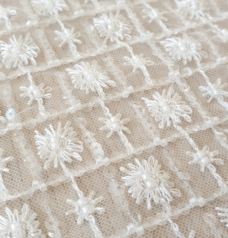 Ivory checkered floral beaded lace fabric. Photo 5