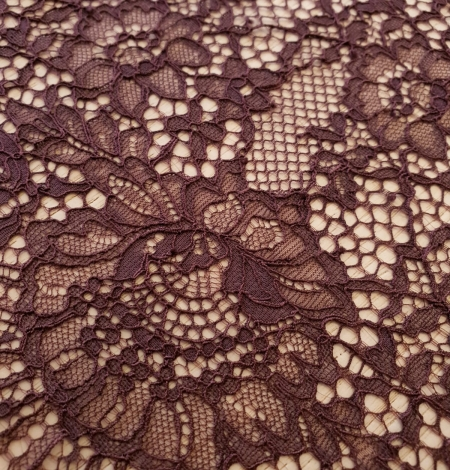 Eggplant purple color floral guipure lace trimming. Photo 3