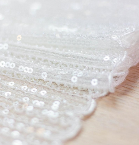 Ivory sequin beaded lace fabric. Photo 7