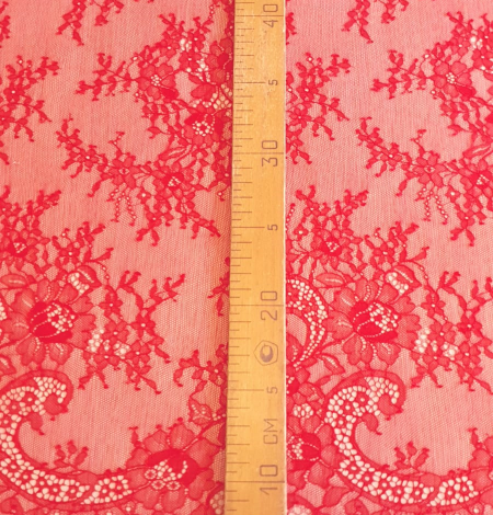 Apple red lace fabric. Photo 4