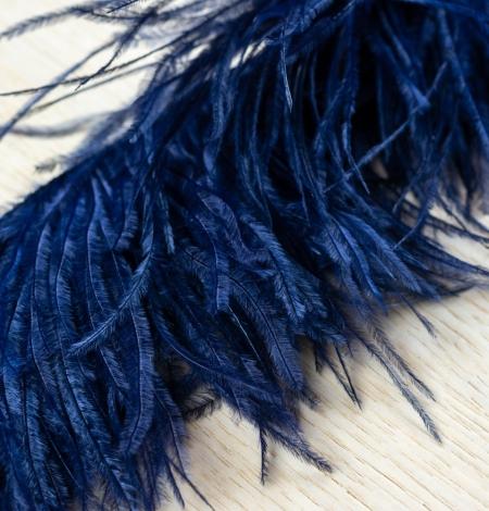 Dark blue natural ostrich feather. Photo 5