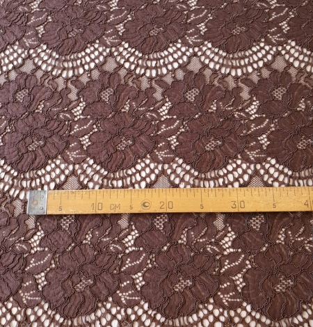 Brown floral guipure lace fabric . Photo 12