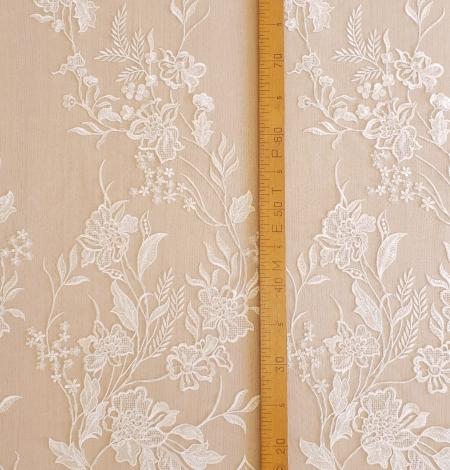 Ivory beaded lace fabric. Photo 5