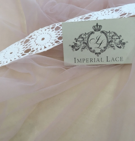 Old rose tulle fabric. Photo 9