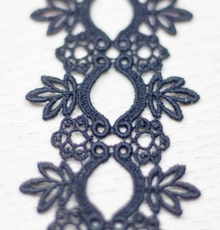 Melna floral pattern macrame lace trimming . Photo 2