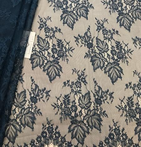 Dark green lace fabric. Photo 1