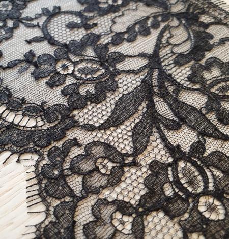 Black chantilly cotton lace trimming by Jean Bracq. Photo 3
