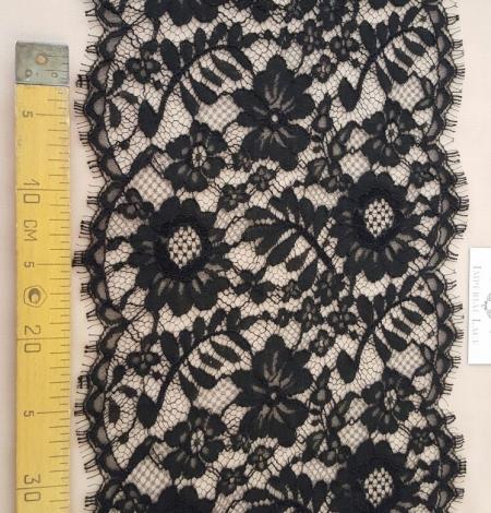 Black viscose lace trim. Photo 4