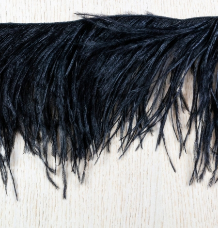 Black natural ostrich feather. Photo 6