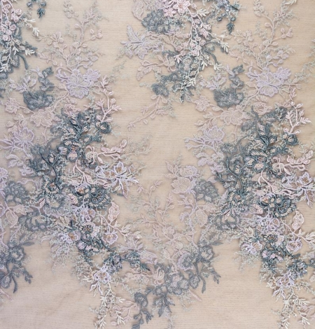 Dark greyish pink embroidery on light grey tulle fabric. Photo 6