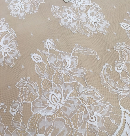 Off-white lace fabric . Photo 5