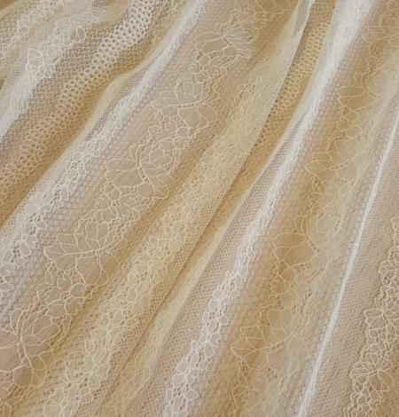 Champagne lace fabric. Photo 5