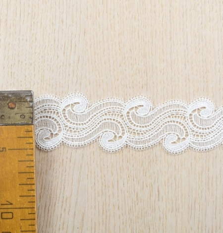 Off white abstract pattern macrame lace trimming. Photo 6