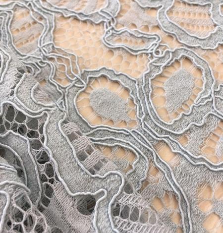 Grey lace . Photo 2