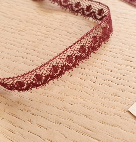 Wine red chantilly lace fabric. Photo 3
