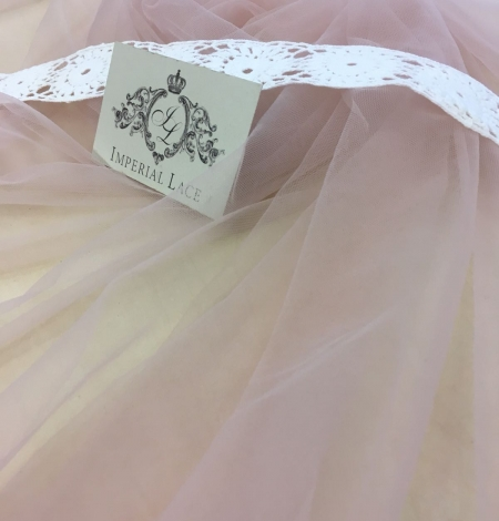 Old rose tulle fabric. Photo 3