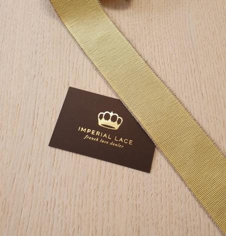 Pistachio green grosgrain ribbon linen ribbon application. Photo 4
