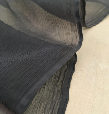 Dark grey chiffon fabric. Photo 3