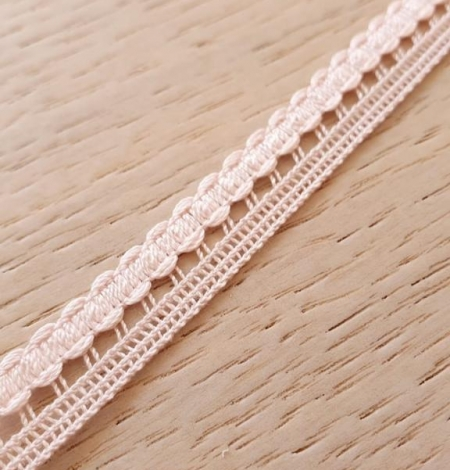 Baby pink macrame lace trimming. Photo 1