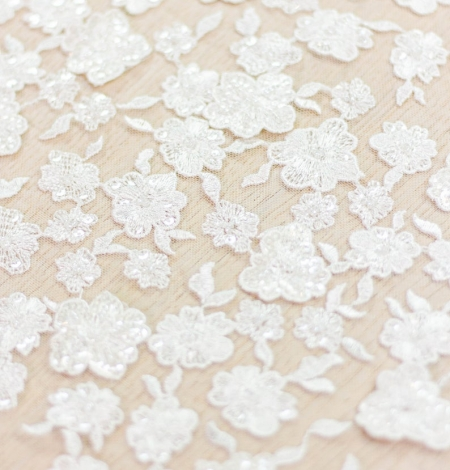 Ivory floral pattern beaded embroidery on tulle fabric. Photo 5