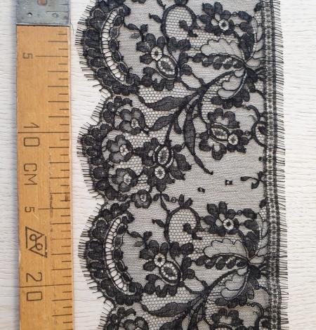 Black chantilly cotton lace trimming by Jean Bracq. Photo 6