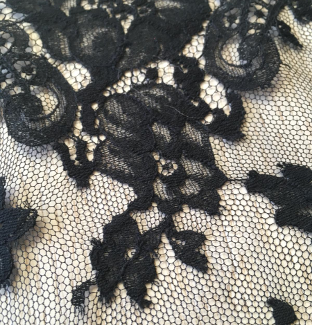 Black lace trimming from France. Photo 4