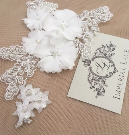 White with beaded and fabric flowers embroidery applique. Photo 1