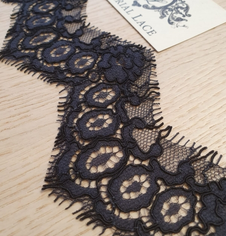 Dark bluish grey guipure lace trimming. Photo 3