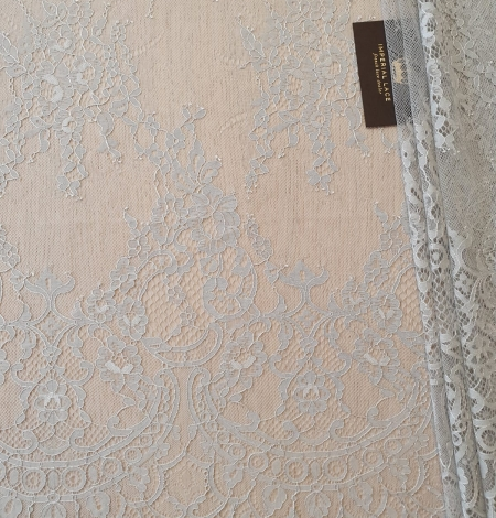 Grey floral pattern chantilly lace fabric. Photo 2