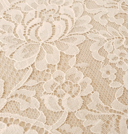 Ecru 100% polyester floral and stripes guipure lace fabric. Photo 4
