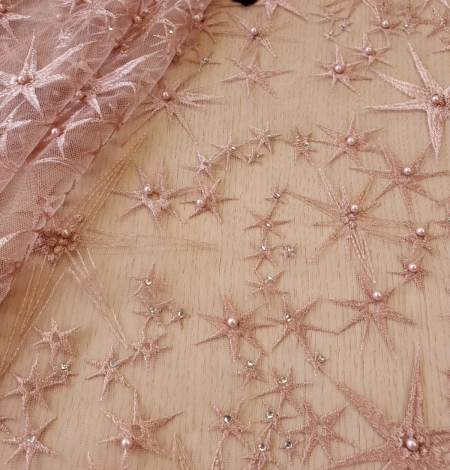 Old Rose stars embroidery on tulle fabric. Photo 1