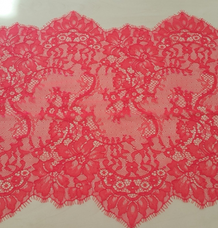 Bright Pink Lace Trim. Photo 3