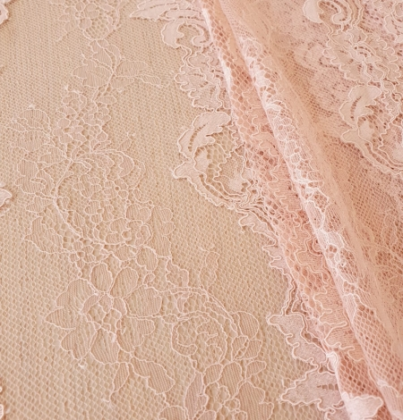 Pink guipure with chantilly lace fabric. Photo 5