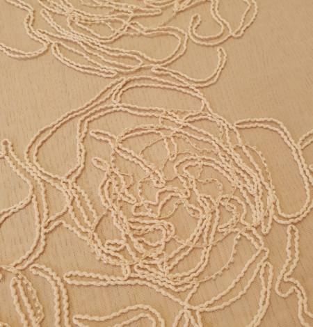 Light peach color big floral pattern thick thread embroidery on tulle fabric. Photo 6
