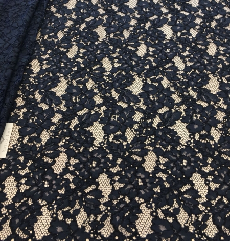 Dark blue lace fabric. Photo 4