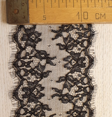 Black natural chantilly lace trimming by Jean Bracq. Photo 6