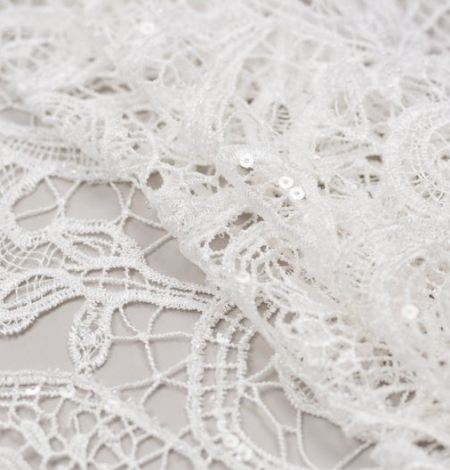 Off white acrame beaded floral lace fabric. . Photo 5
