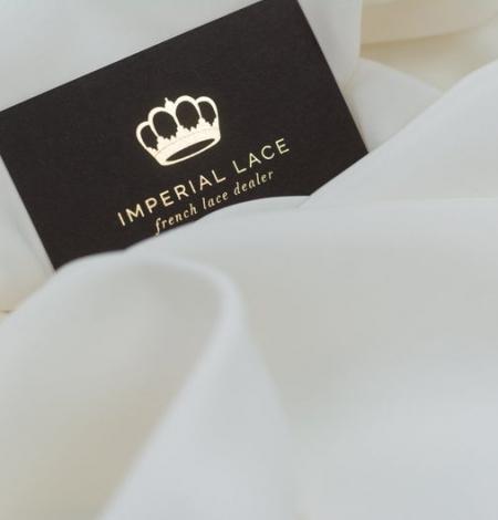 Ivory silk satin fabric . Photo 2