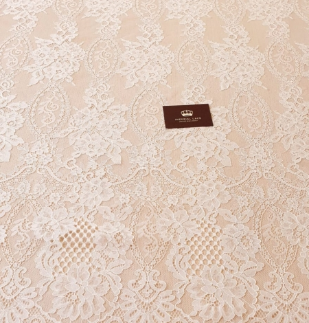 Ivory chantilly lace fabric. Photo 9
